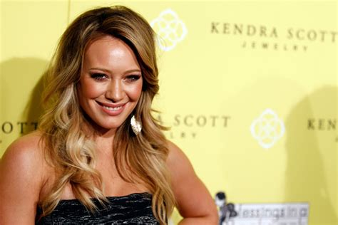 Hilary Duff Is A Techie by Hilary Duff Is Not Desperate To Find A New York Post