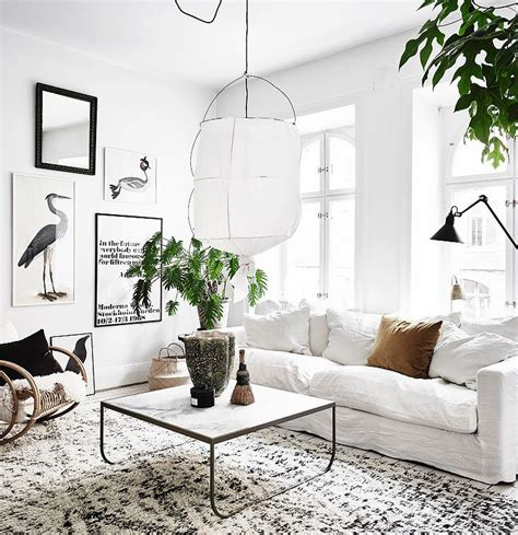 white sofa decorating ideas 25 best ideas about white couch decor on pinterest