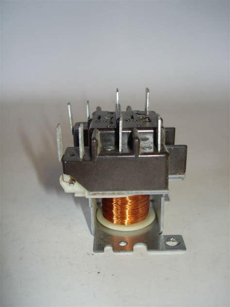 dpdt relay wiring diagram 208v motor basic relay diagram