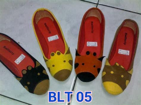 Sepatu Flatshoes A22 53 Sepatu Wanita grosir sepatu sandal wanita anak pria jual flat shoes