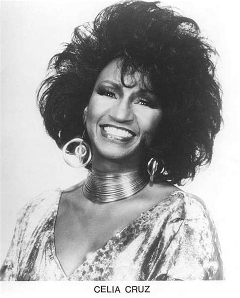 biography of celia cruz in spanish at the end of the day celia cruz the queen of