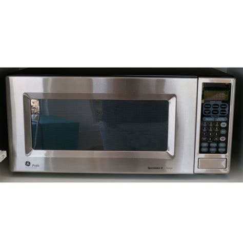 Microwave Oven G 8 Ge Profile Spacemaker Ii Microwave Oven Ebth