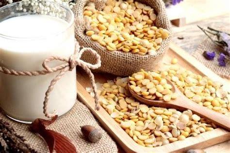 lattosio alimenti da evitare cibi adatti agli intolleranti al lattosio e quelli da
