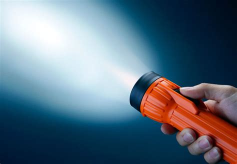 best cheap led flashlight cheap flashlights top 5 quality flashlights for 10