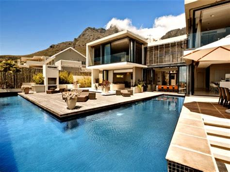 6 bedroom holiday house for rent five extravagant holiday homes you can rent in cape town