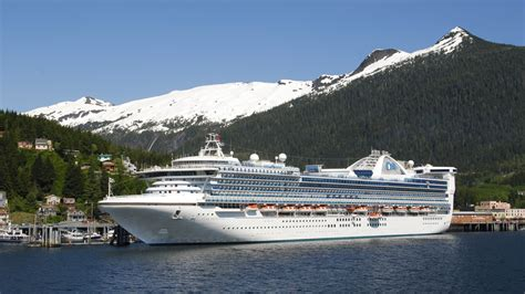 ketchikan alaska 922014 summer tour guides for ships photos a gold rush is on to alaska as cruise lines aim to set