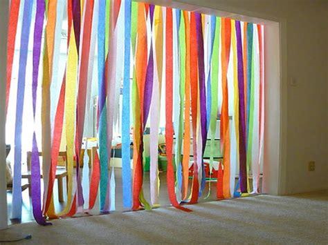 como poner una cortina como hacer cortinas para puertas muy faciles y divertidas