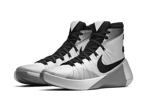 Sepatu Nike Hyperdunk14 High Paul Geogre nike hyperdunk 2015 delivers modern aesthetic with