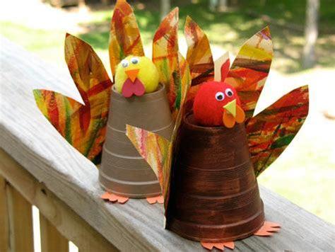 Paper Cup Turkey Craft - coisas mi 250 das enfeites para as crian 231 as se divertirem