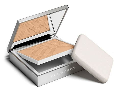 New Burberry Gold Glow Powder No01 Gold Shimmer Limited Edition burberry cosmetics bright glow compact foundation