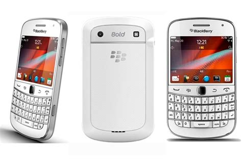 Blackberry 9900 Dakota White Garansi Ctnscmss blackberry bold 9900 white