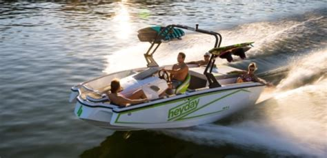 heyday boats specs heyday wake boats 2018 reviews performance compare price