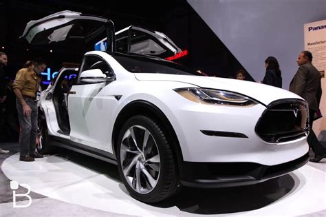 Cheaper Tesla Tesla Unveils A Cheaper Model X With A Smaller Battery