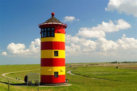lighthouse colors a color lighthouse domain free photos for