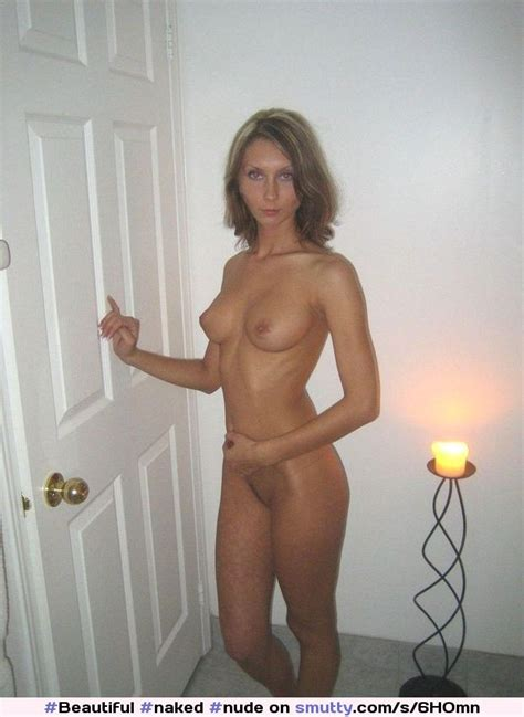 Nude Wife Prepares To Take The Naked Pizza Challenge