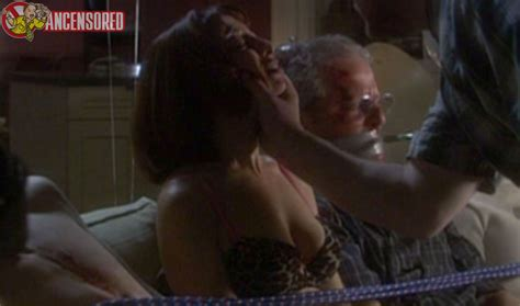 Naked Illeana Douglas In Otis