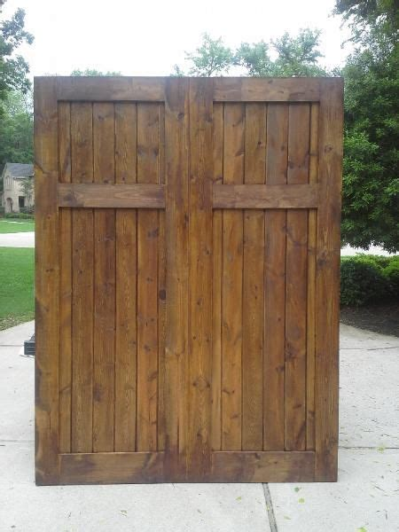 Pine Barn Door 17 Best Ideas About Knotty Pine Doors On Pine Headboards Rustic Barn Doors And
