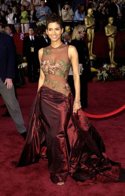 Iconic Gowns Set Stylish Tone For Oscars by Inside The Costume Box How To Host An Oscar