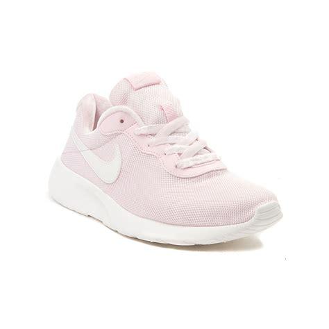light pink nike womens shoes youth nike tanjun athletic shoe pink 1388174
