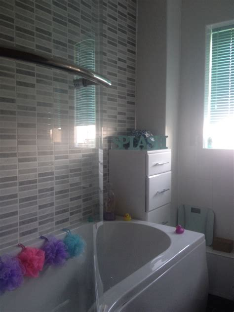 Bath Shower Walls feature walls shelfer tiling specialists