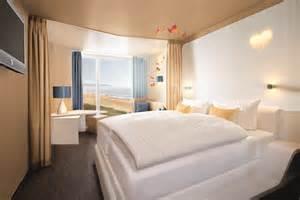 a ja resort warnemünde schwimmbad wellness f 252 r alle im neuen a ja resort warnem 252 nde hotel