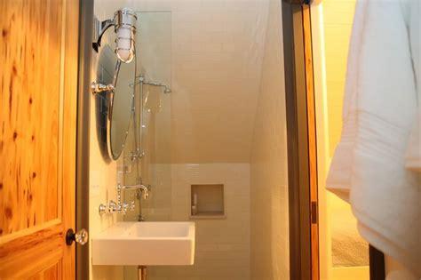 attic bathroom ideas cottage bathroom atlanta homes lifestyles 83 best cottage images on pinterest home ideas bedrooms