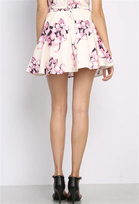 flower patterned mini skirt floral patterned mini skirt shop sale at papaya clothing