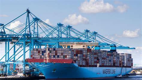 boten in rotterdamse haven terminals port of rotterdam