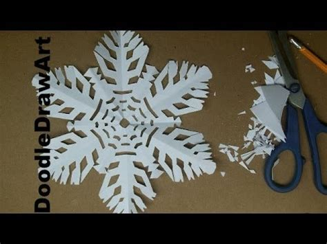 How To Make A Realistic Paper - craft make a paper snowflake 1 realistic paper snowflake