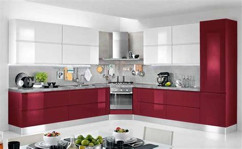 superba Cucine Mondo Convenienza Foto #1: cucina-bianca-e-rossa.jpg