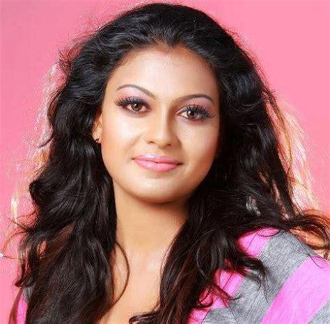 vedi film actress name tamil movie vedi actor name softdownloadsneezforli