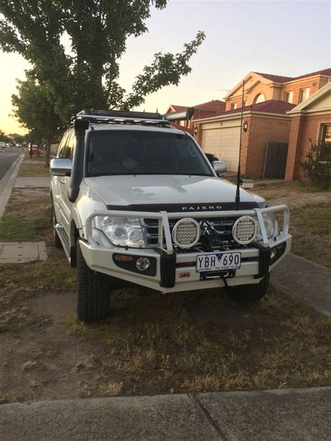 mitsubishi pajero sport modified pajero exceed lwb 3 2 did inter cooled turbo with