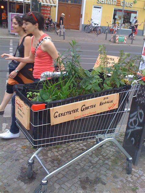 Mobile Vegetable Gardens Utilizing Public Spaces For Food Mobile Vegetable Garden