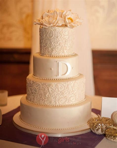 wedding cake trends 2016   images The Girls Stuff