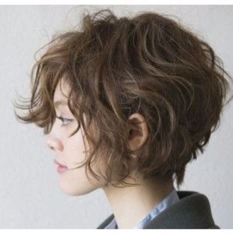 short bohemian hairstyles 30 haircuts for women with bangs