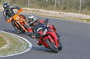 Motorrad Fahren Verbessern by Motorrad Fahren Rennstrecke 2 Mal Bei Jollydays Finde
