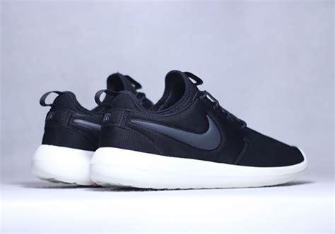 Nike Rosherun Two nike roshe two flyknit 365 rea nike air max zero id