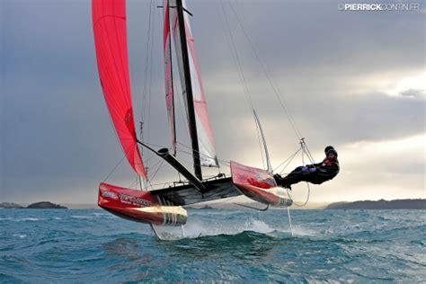 sailboats vs catamarans articles catamaran sailboats at thebeachcats