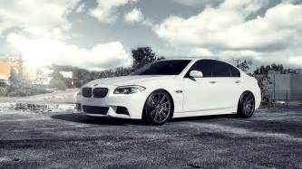 Bmw 5 series sunny day wallpapers