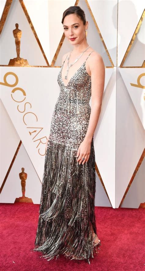 Whose Glittering Oscars Earrings Are Most Fab by Oscars 2018 Carpet Best Dressed Sees Margot Robbie And