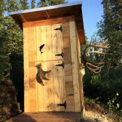 Diy outhouse plan and tutorial