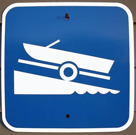 bootje tekenen boat launch sign