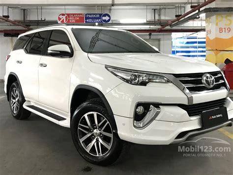 Toyota Fortuner 2 4 Vrz At 2016 jual mobil toyota fortuner 2016 vrz 2 4 di dki jakarta
