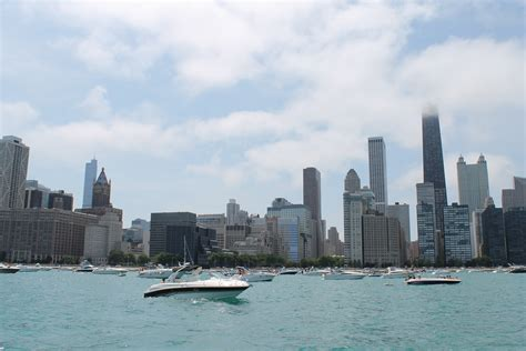 renting boats in chicago lake michigan chicago boat rentals airbnb for boats startups getmyboat