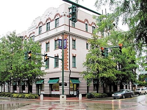 Us Post Office Lafayette La by 2 242 Square Foot Office Space For Lease 100 E