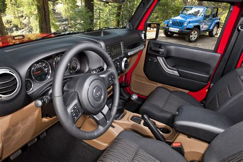 2012 Jeep Wrangler Clutch 2012 Jeep Wrangler With Pentastar V6 Powertrain