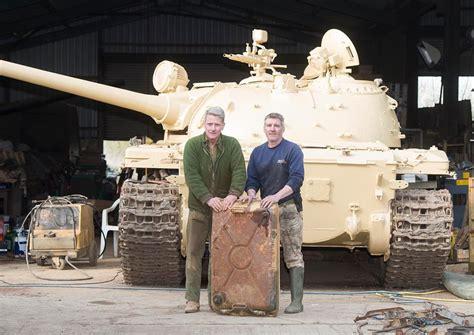 interno carro armato un collezionista di carri armati trova due milioni in