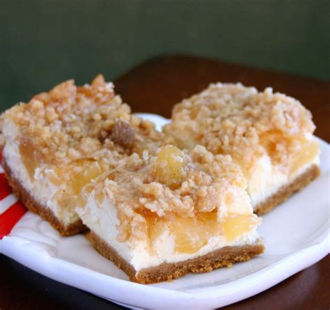 caramel apple cheesecake bars with streusel topping caramel apple streusel cheesecake bars