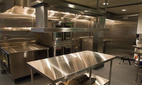 layout of a central kitchen 17 best images about cocinas on pinterest restaurant