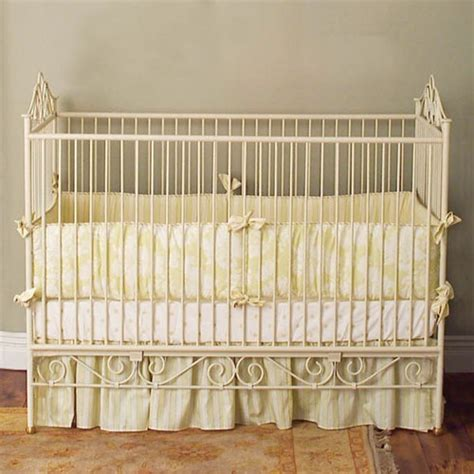 casablanca premiere iron crib in antique white